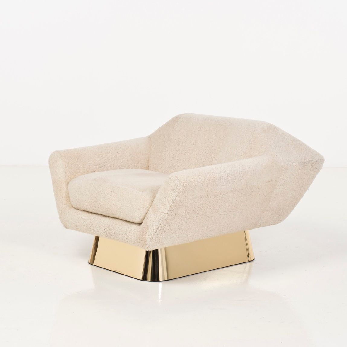 KOUMAC Sheepskin armchair